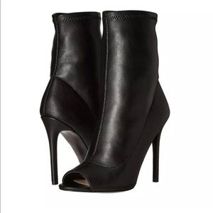 NEW Aldo Eliliane Peep Toe High Heel Booties 8